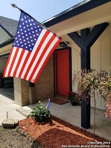 11403 Fort Wyne Dr, San Antonio, TX 78245 (MLS #1374907) :: Berkshire Hathaway HomeServices Don Johnson, REALTORS®
