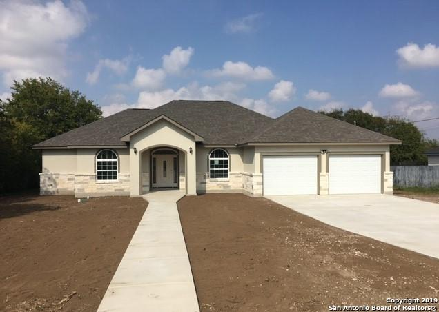 255 Eaglerock, Poteet, TX 78065 (MLS #1374947) :: Alexis Weigand Real Estate Group