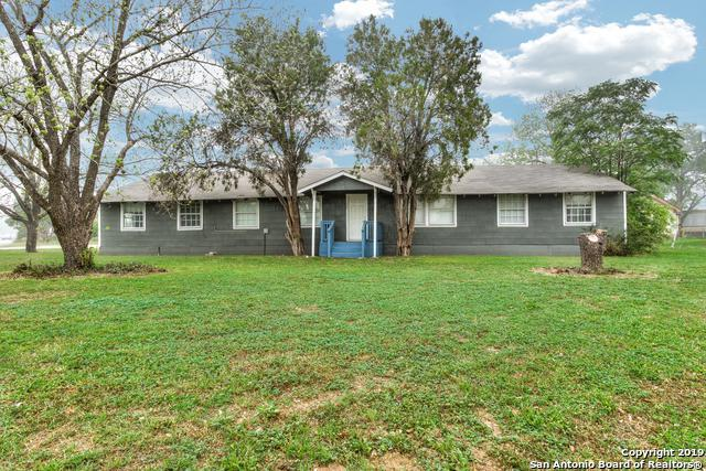 506 W Avenue D, Poteet, TX 78065 (MLS #1375461) :: Alexis Weigand Real Estate Group