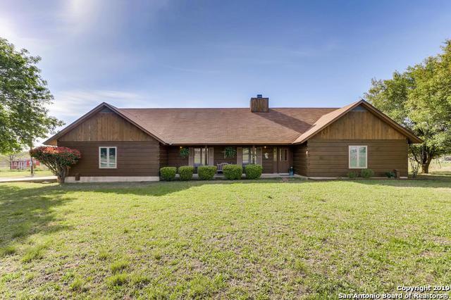 3140 Green Valley Rd, Cibolo, TX 78108 (MLS #1375466) :: Erin Caraway Group