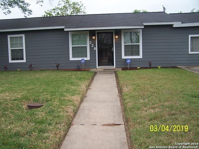 226 Pinehurst Blvd, San Antonio, TX 78221 (MLS #1375502) :: Alexis Weigand Real Estate Group