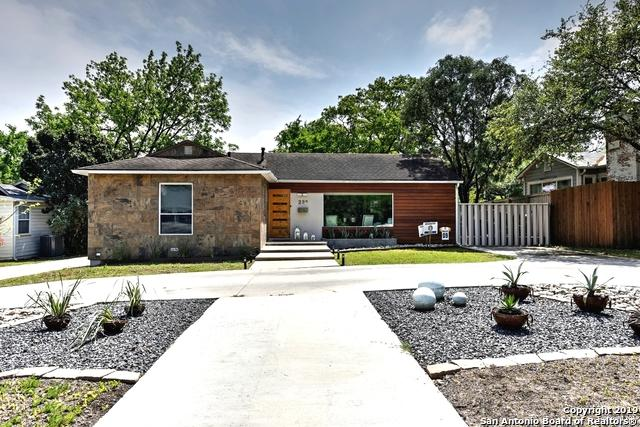 222 Claywell Dr, Alamo Heights, TX 78209 (MLS #1375739) :: Exquisite Properties, LLC