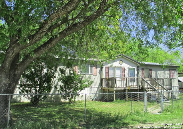 Address Not Published, Pipe Creek, TX 78063 (MLS #1375813) :: Erin Caraway Group