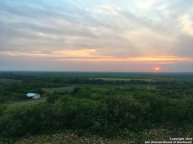 000 Fm 2200, Yancey, TX 78886 (MLS #1375876) :: The Mullen Group   RE/MAX Access