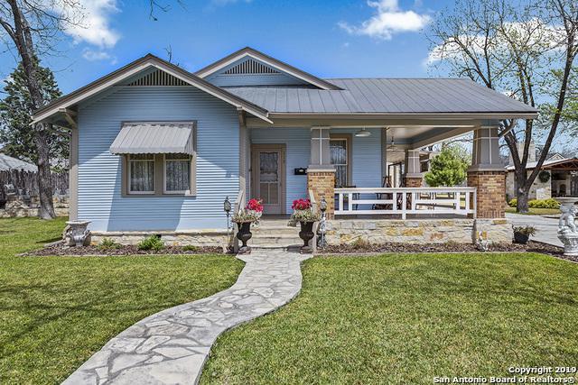 112 E Travis St, Fredericksburg, TX 78624 (MLS #1376035) :: Glover Homes & Land Group