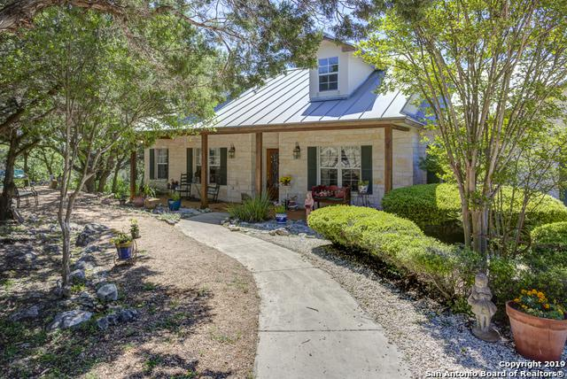 2462 Summit Dr, New Braunfels, TX 78132 (MLS #1376079) :: Alexis Weigand Real Estate Group