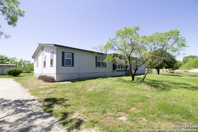 199 County Road 5635, Castroville, TX 78009 (MLS #1376272) :: Vivid Realty
