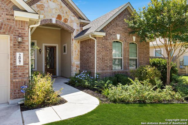 208 Windsor Dr, Boerne, TX 78006 (MLS #1376301) :: Alexis Weigand Real Estate Group