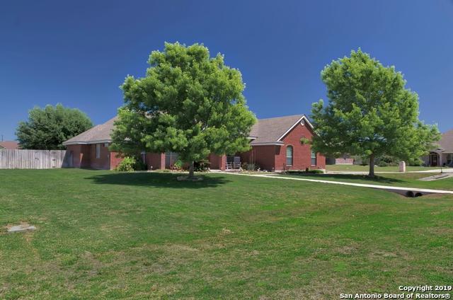1418 Prairie Pointe, Seguin, TX 78155 (MLS #1376404) :: Alexis Weigand Real Estate Group