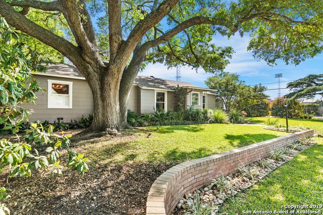 204 E Fair Oaks Pl, Alamo Heights, TX 78209 (MLS #1376516) :: Exquisite Properties, LLC