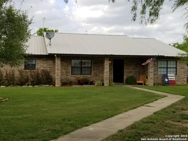3606 N Highway 83, Carrizo Springs, TX 78839 (MLS #1376766) :: BHGRE HomeCity