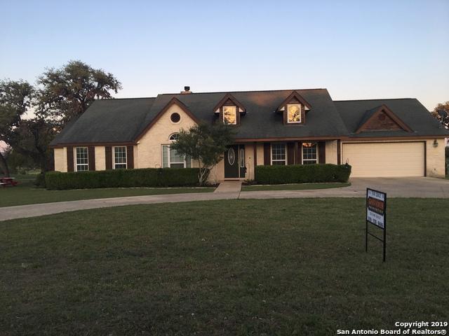 124 Knollwood Circle, Bandera, TX 78003 (MLS #1376884) :: Alexis Weigand Real Estate Group