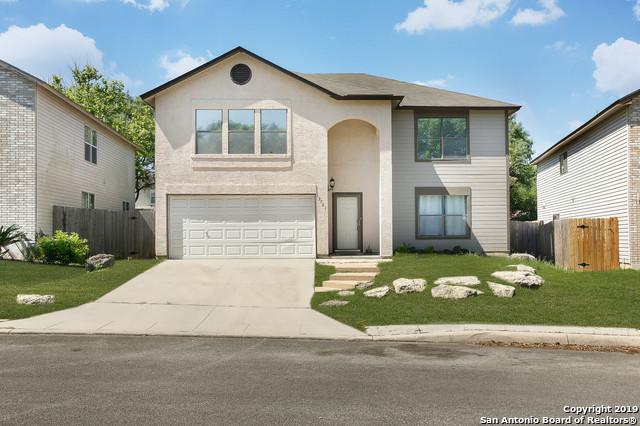13721 Wondering Oak, San Antonio, TX 78247 (MLS #1376931) :: Alexis Weigand Real Estate Group