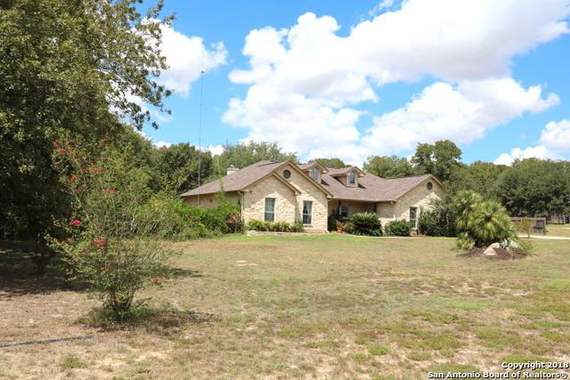 149 Rosewood Drive, La Vernia, TX 78121 (MLS #1377235) :: River City Group