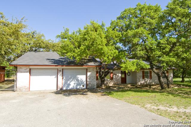 30804 Buck Ln, Bulverde, TX 78163 (MLS #1377349) :: Alexis Weigand Real Estate Group