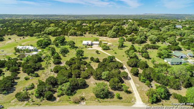 316 Red Oak Dr, Boerne, TX 78006 (MLS #1377425) :: NewHomePrograms.com LLC