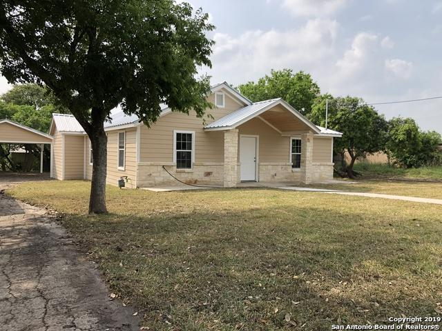607 N Esplanade St, Karnes City, TX 78118 (MLS #1377427) :: Vivid Realty