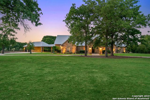 113 Bridgewater Dr, La Vernia, TX 78121 (MLS #1377644) :: River City Group