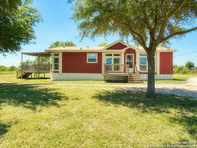 453 W Jauer St, Karnes City, TX 78118 (MLS #1377746) :: Vivid Realty