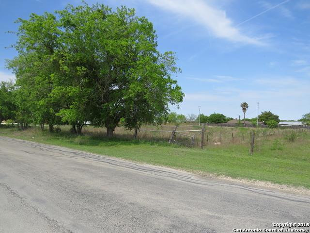 2032 Town Creek Rd, Cibolo, TX 78108 (MLS #1377793) :: River City Group