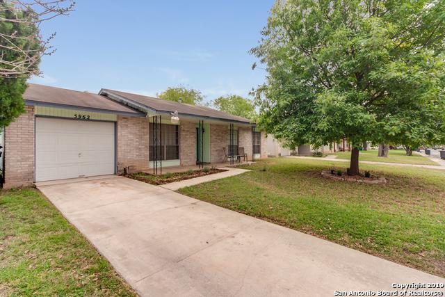 5962 Cliff Bank St, San Antonio, TX 78250 (MLS #1378301) :: Berkshire Hathaway HomeServices Don Johnson, REALTORS®