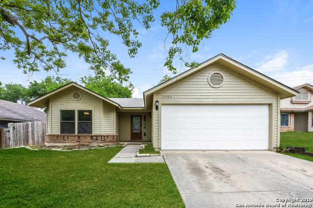 5363 Chestnut View Dr, San Antonio, TX 78247 (MLS #1378323) :: Alexis Weigand Real Estate Group