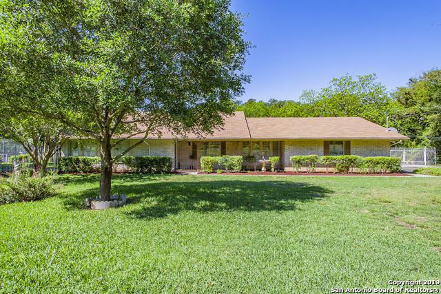 20267 Grass Creek Rd, Garden Ridge, TX 78266 (MLS #1378338) :: Vivid Realty