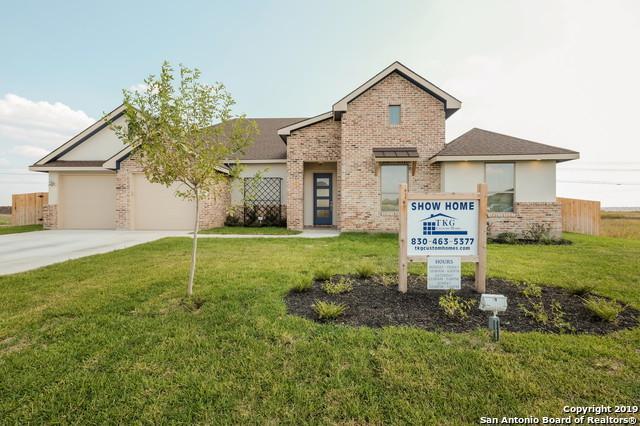 1551 Prairie Pass, Seguin, TX 78155 (MLS #1378399) :: The Castillo Group