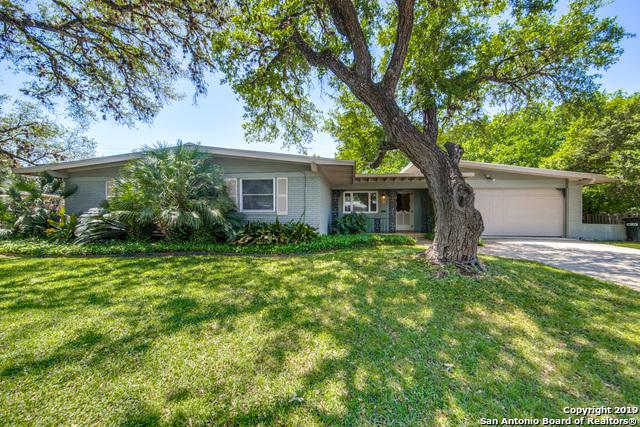 200 Arvin Dr, Terrell Hills, TX 78209 (MLS #1378501) :: Alexis Weigand Real Estate Group