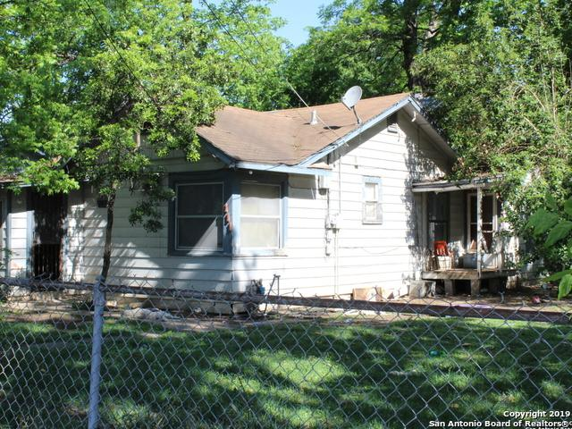 111 W Young, San Antonio, TX 78214 (MLS #1378568) :: Alexis Weigand Real Estate Group