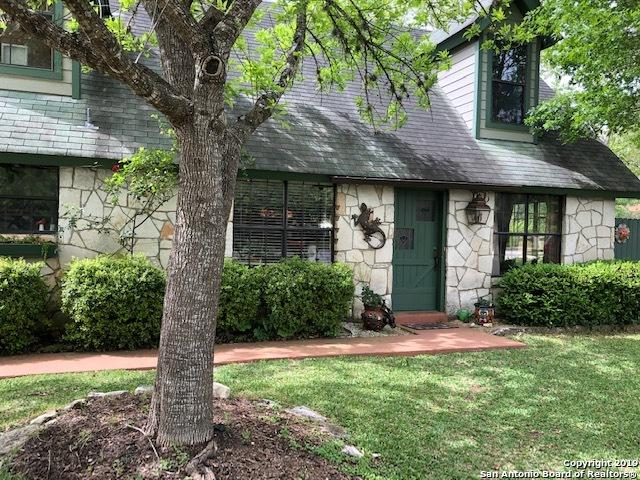 117 Hughs St, Boerne, TX 78006 (MLS #1378863) :: The Gradiz Group