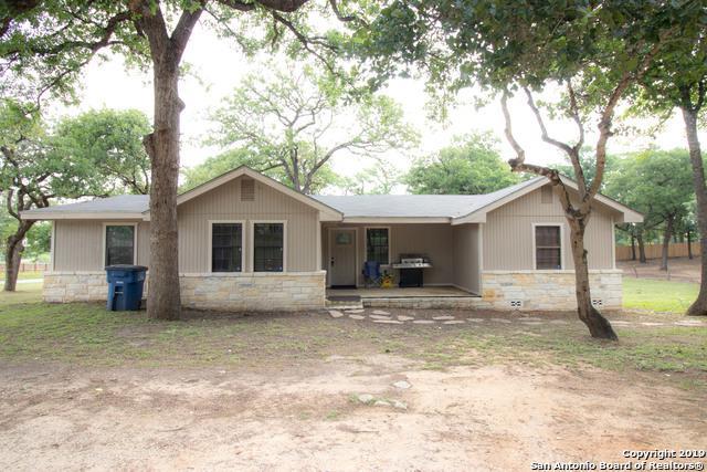29 Smith Lane, La Vernia, TX 78121 (MLS #1378885) :: Vivid Realty