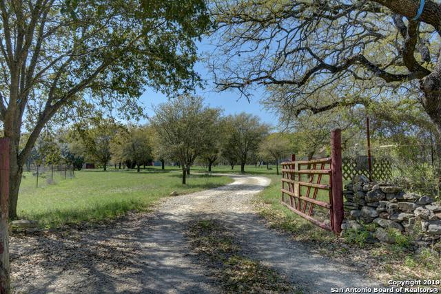 2681 Bunker St, New Braunfels, TX 78132 (MLS #1378946) :: The Mullen Group   RE/MAX Access