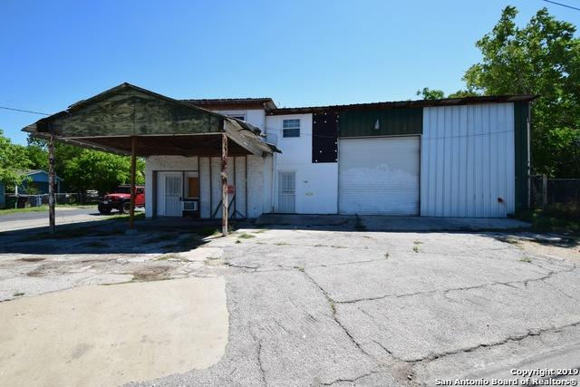 5102 S Presa St, San Antonio, TX 78223 (MLS #1378990) :: The Gradiz Group