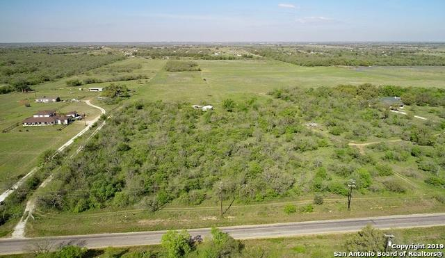 855 Mc Connell Rd, Lytle, TX 78052 (MLS #1379071) :: Vivid Realty