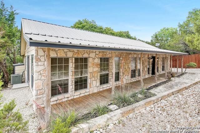 106 Roadrunner Trail, Boerne, TX 78006 (MLS #1379176) :: Vivid Realty