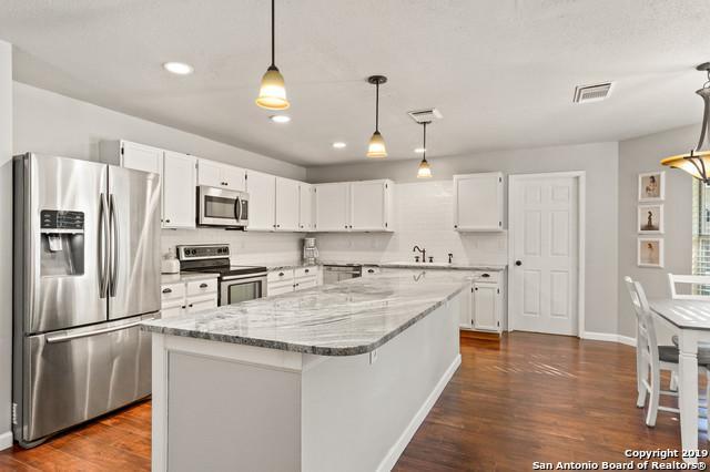2422 Thrasher Oak, San Antonio, TX 78232 (MLS #1379227) :: Vivid Realty