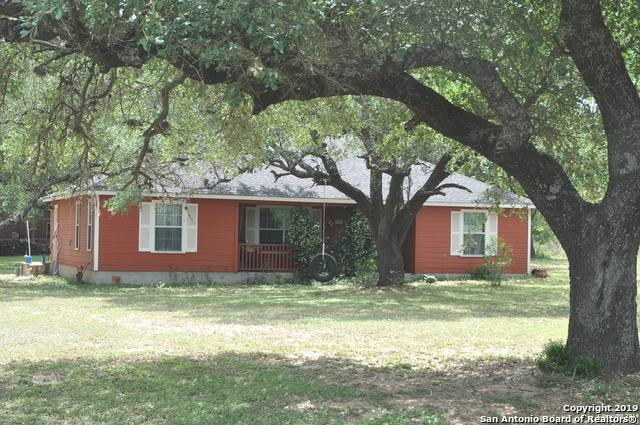 2545 Fm 2200 W., Devine, TX 78016 (MLS #1379339) :: The Castillo Group