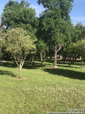 22 Palos Verdes Dr, Wimberley, TX 78676 (MLS #1379342) :: Erin Caraway Group