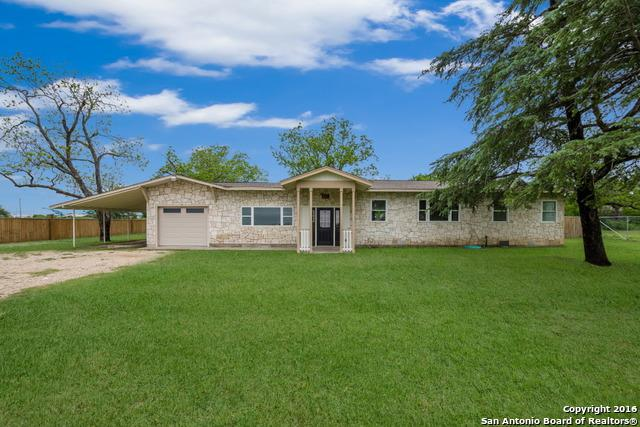 621 W Wright Blvd, Universal City, TX 78148 (MLS #1379344) :: BHGRE HomeCity