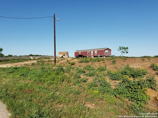 155 County Road 2662, Moore, TX 78057 (MLS #1379523) :: Vivid Realty