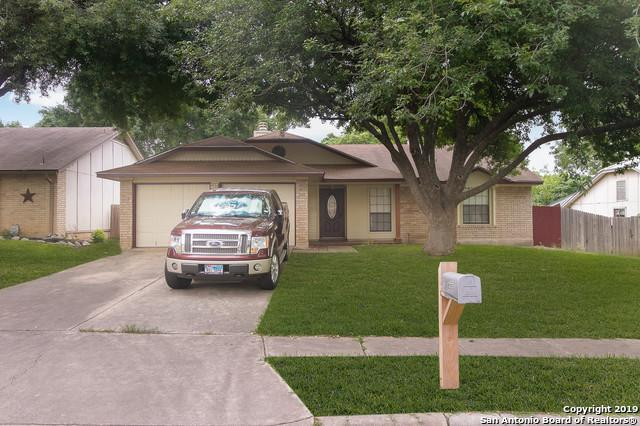 835 Fern Meadow Dr, Universal City, TX 78148 (MLS #1379643) :: Alexis Weigand Real Estate Group