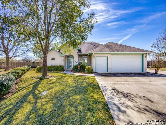 706 River Oak Dr, Seguin, TX 78155 (MLS #1379712) :: The Mullen Group | RE/MAX Access