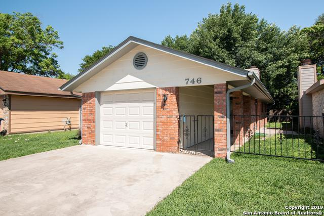 746 Briarbend Dr, New Braunfels, TX 78130 (MLS #1380173) :: Tom White Group