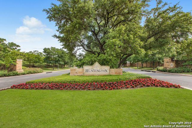215 Wellesley Lndg, San Antonio, TX 78231 (#1380892) :: The Perry Henderson Group at Berkshire Hathaway Texas Realty