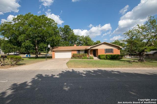 713 Arrow Ln, Kerrville, TX 78028 (MLS #1380965) :: Glover Homes & Land Group