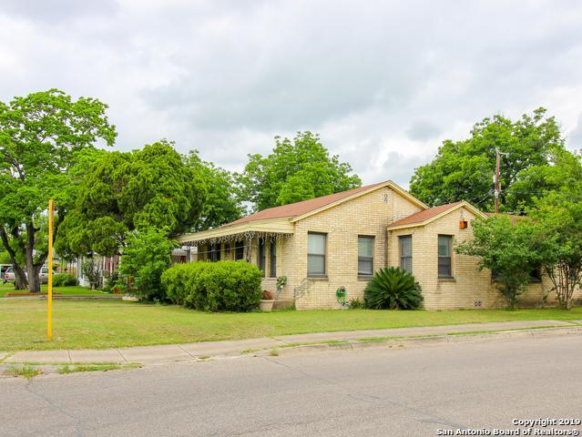 1103 W Winnipeg Ave, San Antonio, TX 78225 (MLS #1381137) :: Berkshire Hathaway HomeServices Don Johnson, REALTORS®