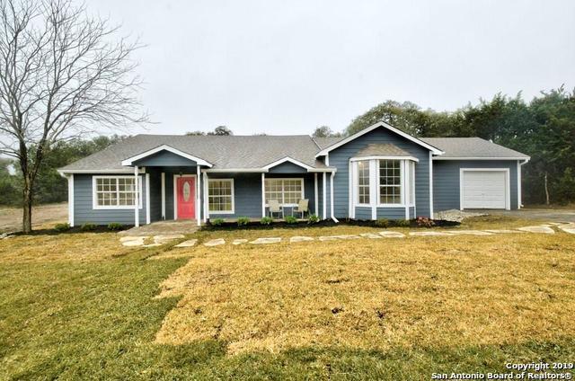 560 Persimmon Pass, Fischer, TX 78623 (MLS #1381148) :: Alexis Weigand Real Estate Group