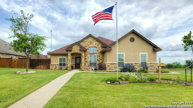 100 Park Heights, Poth, TX 78147 (MLS #1381279) :: Alexis Weigand Real Estate Group