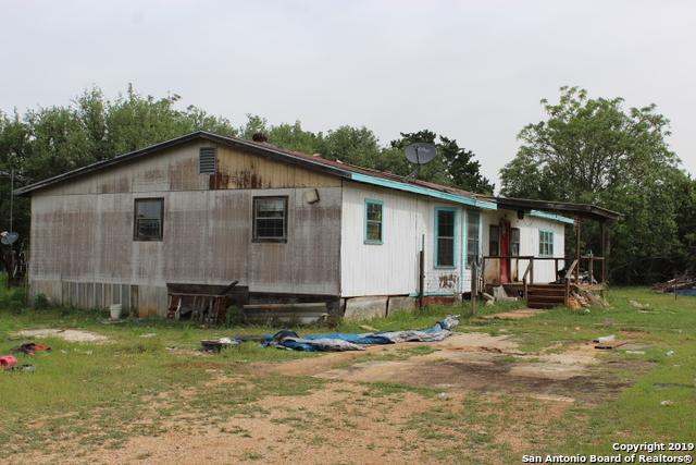 1706 River Trail Rd, Pipe Creek, TX 78063 (MLS #1381343) :: ForSaleSanAntonioHomes.com